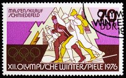 Esquí de fondo total, Schmiedefeld, olimpiadas de invierno 1976, serie de Innsbruck, circa 1975 foto de archivo
