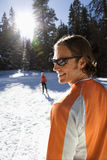 Esquí de la nieve del hombre y de la mujer Imagen de archivo