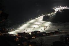 Esquí de la noche imagen de archivo libre de regalías