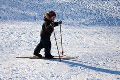 Esquí del niño Imagenes de archivo