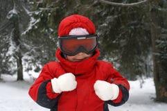 Esquí del niño - sonriendo imagenes de archivo