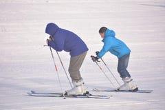 Esquí del padre y del hijo Fotos de archivo libres de regalías