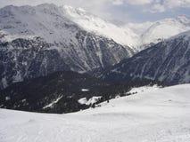 Esquí en las montañas francesas Imagen de archivo libre de regalías