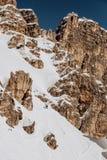 Esquí Tofana en el ` Ampezzo de la cortina D en invierno Foto de archivo