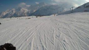 Esquí a través de los ojos del esquiador metrajes