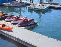 Esquís del jet en el puerto deportivo Imagen de archivo libre de regalías