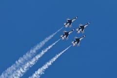 Esquadrão da demonstração dos Thunderbirds da força aérea de E.U. Imagens de Stock Royalty Free