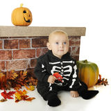 Esqueleto feliz de Halloween Fotos de Stock Royalty Free