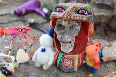 Esqueleto pintado a mano colorido mexicano de los cráneos, día de dias de los muertos de la muerte muerta fotos de archivo libres de regalías