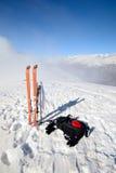 Esqui que visita o equipamento Imagem de Stock Royalty Free