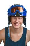 Esquiador adolescente joven listo para las cuestas asoleadas Imágenes de archivo libres de regalías