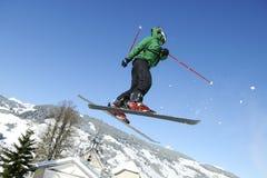 Esquiador de salto Foto de archivo libre de regalías