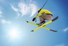 Esquiador de salto Imágenes de archivo libres de regalías