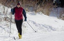 Esquiador del país cruzado Fotos de archivo