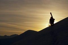 Esquiador e por do sol Fotografia de Stock Royalty Free