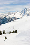 Esquiador en la pista Imagen de archivo libre de regalías