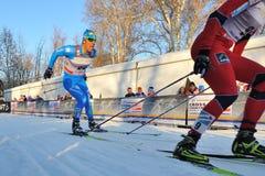 Esquiador italiano Pasini en la raza de Milano en la ciudad Foto de archivo libre de regalías
