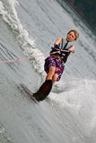 Esquiador novo do slalom do menino imagens de stock