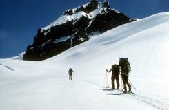 Esquiadores de Telemark Imagenes de archivo