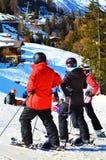 Esquiadores en el lugar de Tzoumaz del La Fotos de archivo