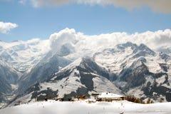Esquiadores suíços da montanha dos alpes Fotos de Stock