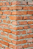 Esquina de la pared de ladrillo Foto de archivo