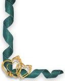 Esquina de los corazones y de las cintas del oro Imagen de archivo