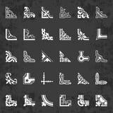 Esquinas caligráficas en el estilo retro en un fondo de la pizarra - sistema del vector Fotos de archivo libres de regalías