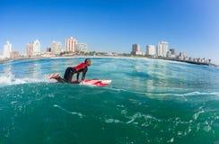 Esquis de água surfando Durban das salvas-vidas Fotos de Stock Royalty Free