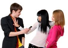 Essai des jeunes pour se contacter Photographie stock libre de droits