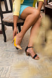 Essai sur les chaussures Image stock