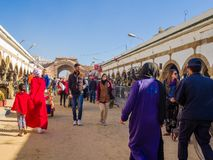 Essaouira, Marokko - November 2, 2018: In de straten van Medina stock foto's