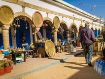 Essaouira, Marrocos - 2 de novembro de 2018: Nas ruas de Medina imagem de stock