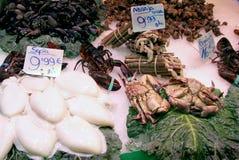 Essbare Meerestiere auf foodmarket Stockbild