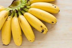 Essen der Bananen Lizenzfreie Stockfotos