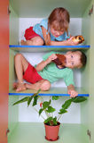 Essen der Kinder stockbilder