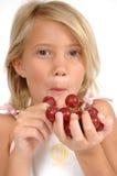Essen der Trauben Stockfoto