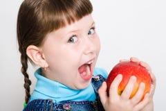 Essen des Apfels stockfoto