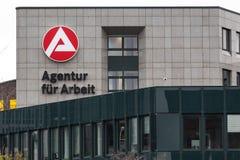 Essen Północny Westphalia, Germany,/- 22 11 18: agentura fà ¼ r arbeit podpisuje wewnątrz Essen Germany obraz stock