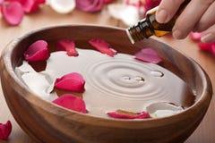 Essentiële olie voor aromatherapy stock fotografie