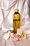 Essential oil and roses Royalty Free Stock Photos