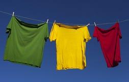 Essiccamento delle camice. Immagine Stock Libera da Diritti