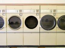 Essiccatori della lavanderia automatica Immagini Stock