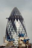 Essiggurke, London lizenzfreie stockfotos