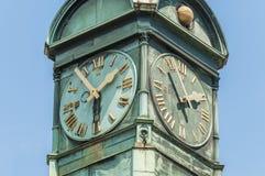Esslingen的上午Neckar,德国新的城镇厅 免版税库存图片