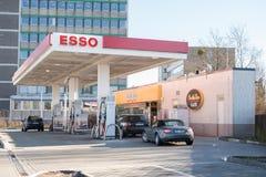 Esso bränslestation Arkivfoton