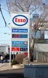 Esso-Tankstelle-Zeichen Lizenzfreies Stockfoto
