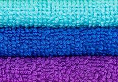Essuie-main colorés empilés Photo libre de droits
