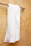 Essuie-main sur une bride de fixation Photo stock