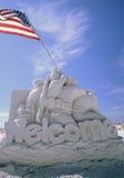 Está aqui à escultura da areia dos heróis Fotos de Stock Royalty Free